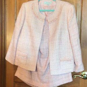 2 piece Tahari suit,pink ,size14